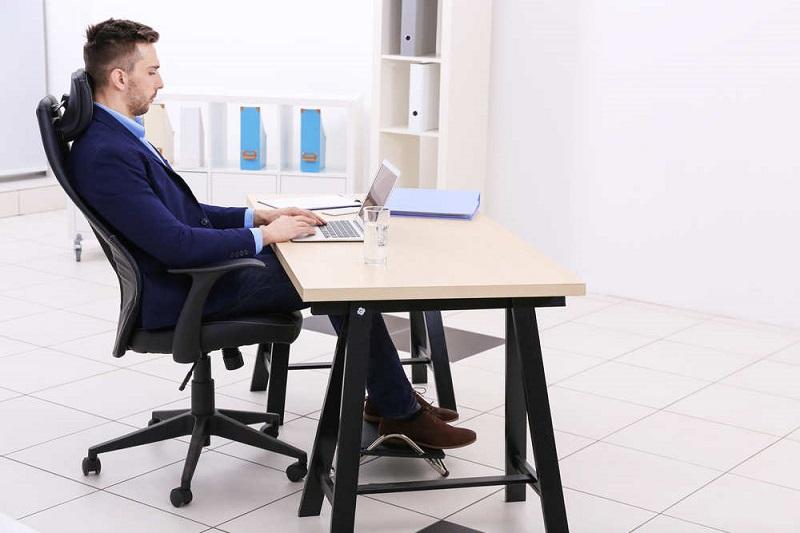 Tiêu chí quan trọng khi chọn ghế ngồi làm việc chỏng mỏi lưng