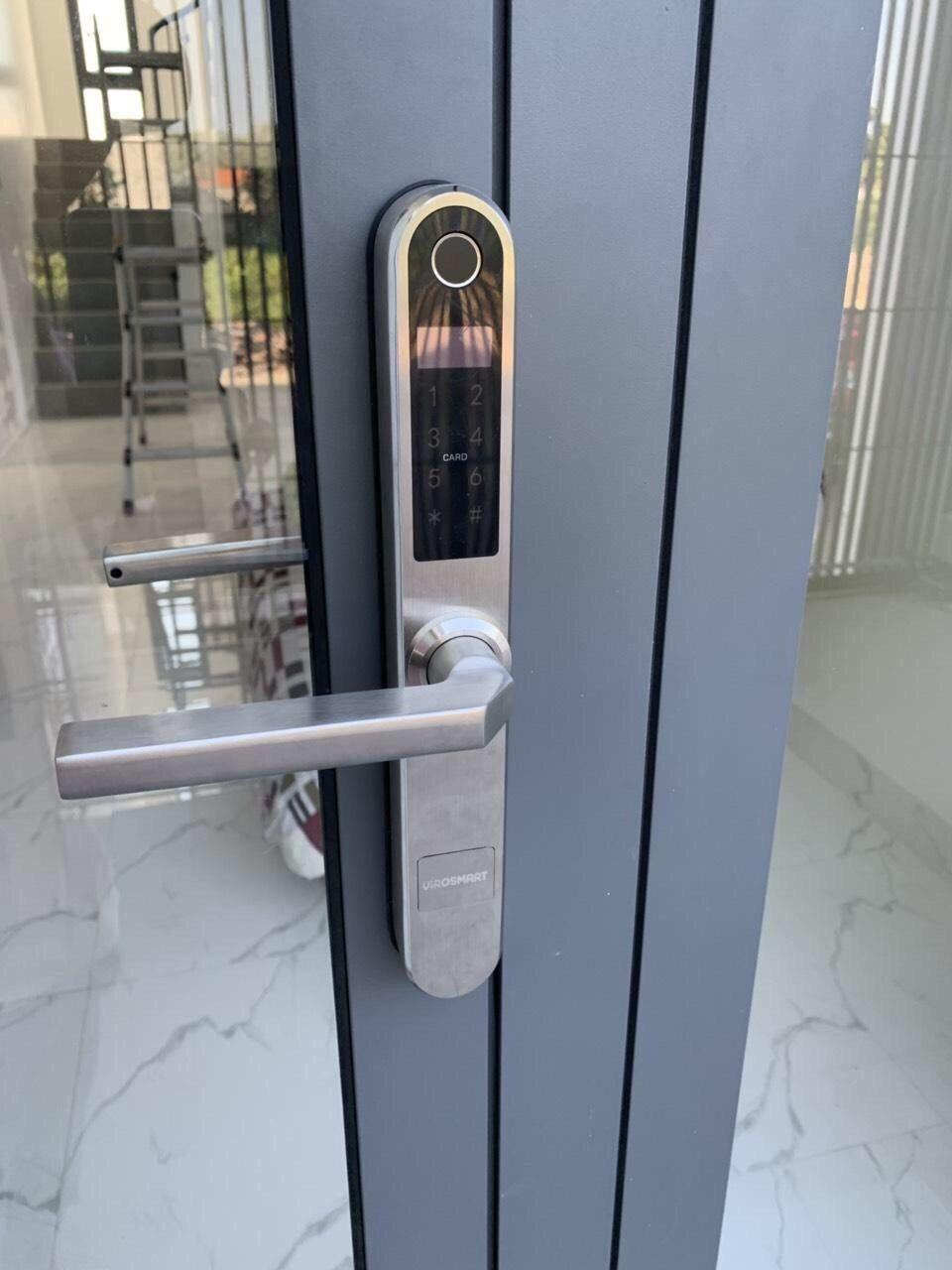 Khóa vân tay cửa sắt - Lựa chọn an toàn cho gia đình bạn