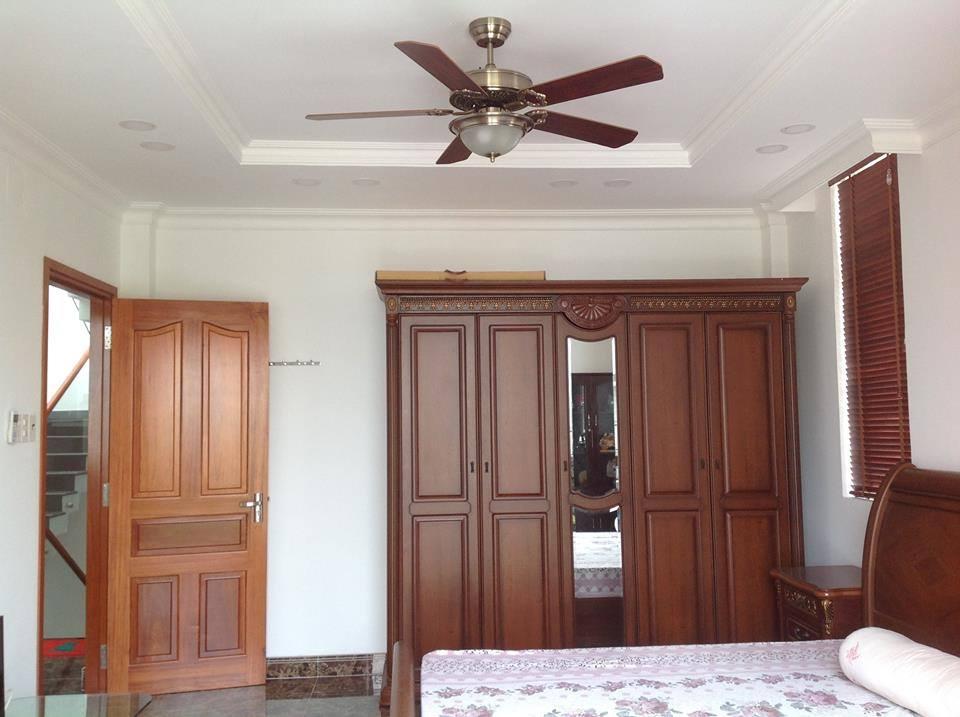 Quạt trần tích hợp đèn cánh gỗ giá rẻ hcm