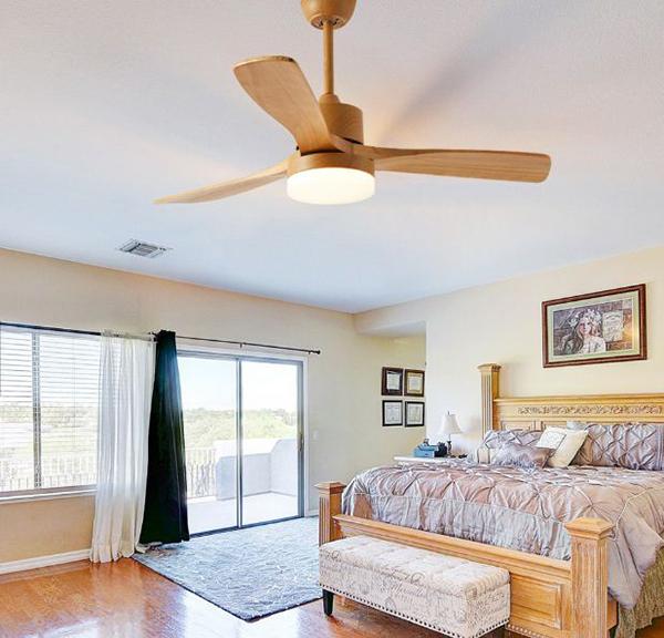 Quạt trần có đèn phòng ngủ hiện đại có mát không?