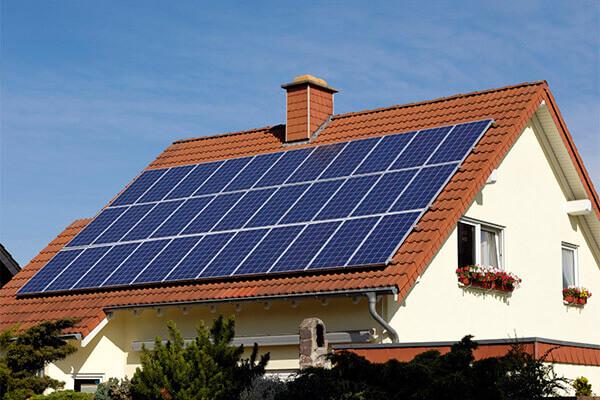 Vật liệu và hiệu suất pin năng lượng mặt trời
