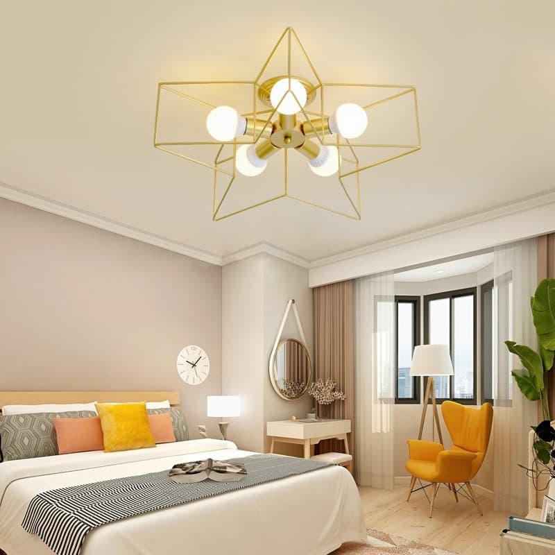 Nên hay không treo đèn chùm trang trí cho phòng ngủ?