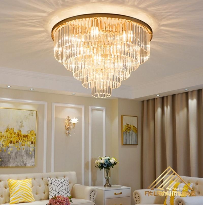Những mẫu đèn chùm trang trí đẹp cho phòng ăn