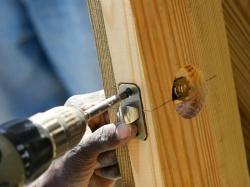 Cách sửa ổ khóa cửa tay gạt và tay nắm tròn bị kẹt cực đơn...